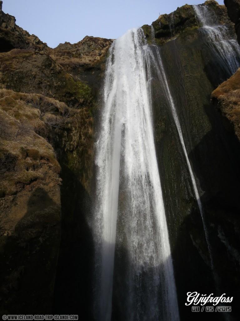 La cascade de Gljufrafoss