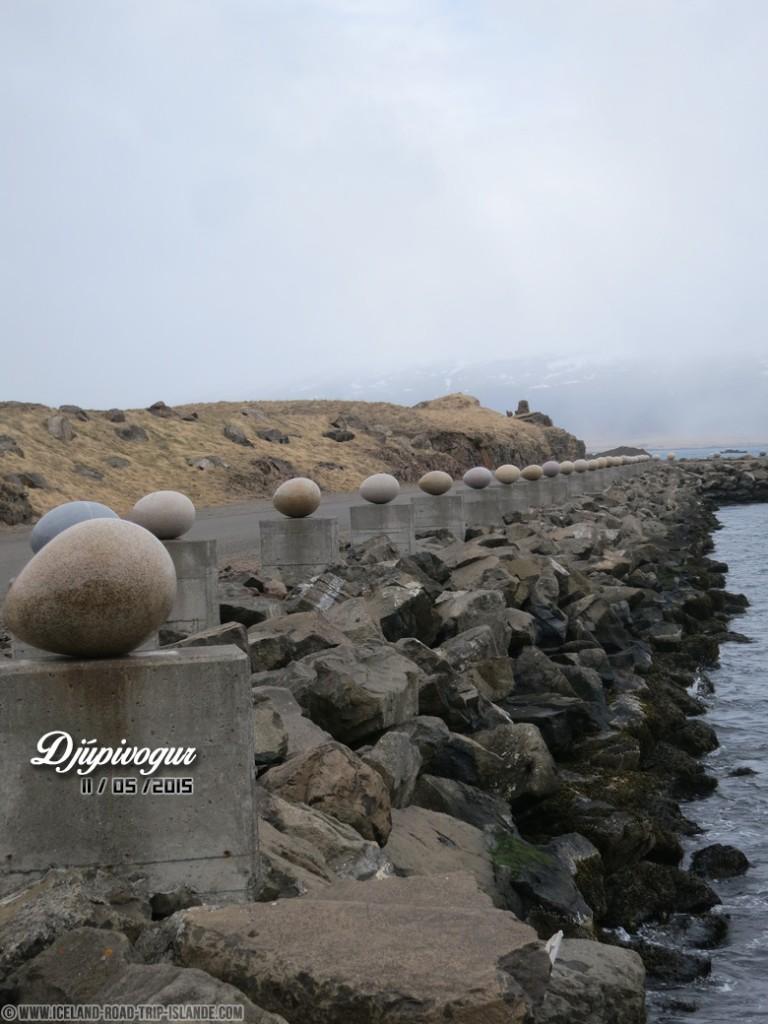 La sculpture des oeufs de Djúpivogur
