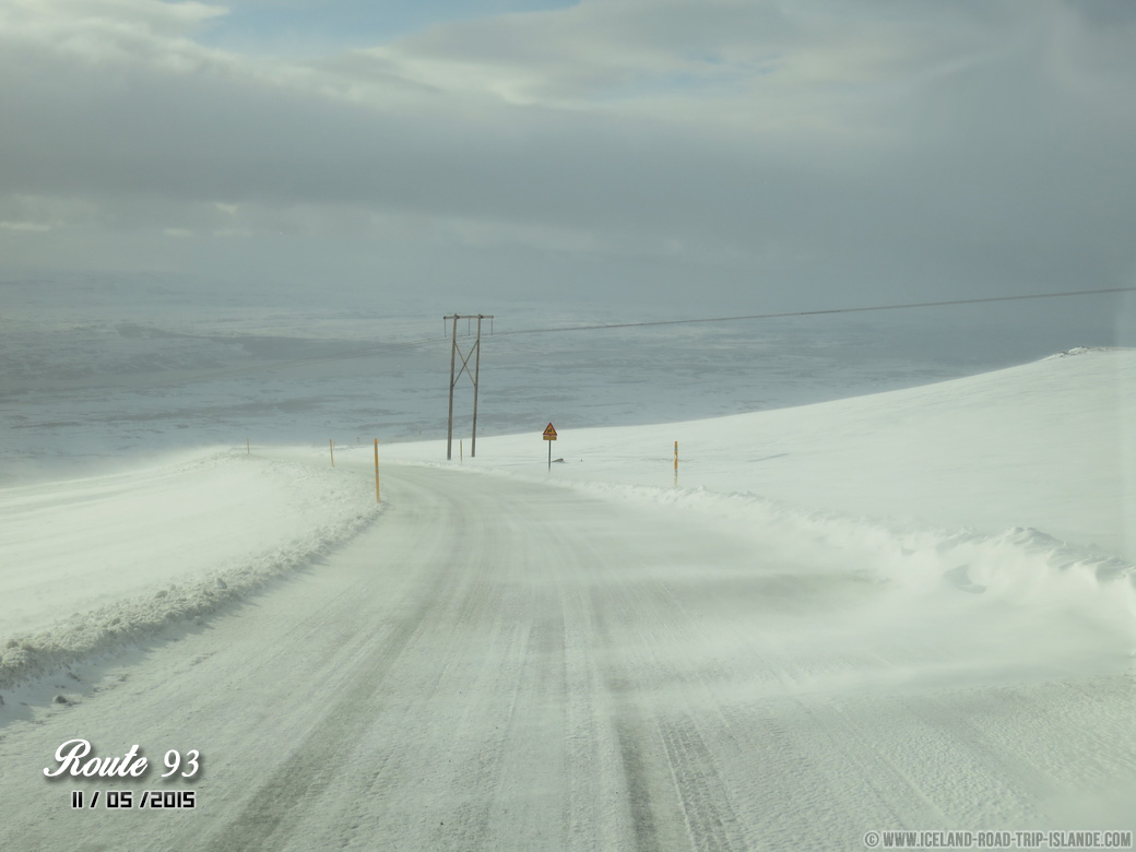 Quand les conditions climatiques se gâtent, la route 93 devient compliquée.