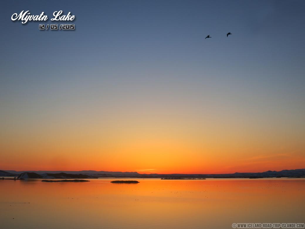Un coucher du soleil au Lac Mývatn