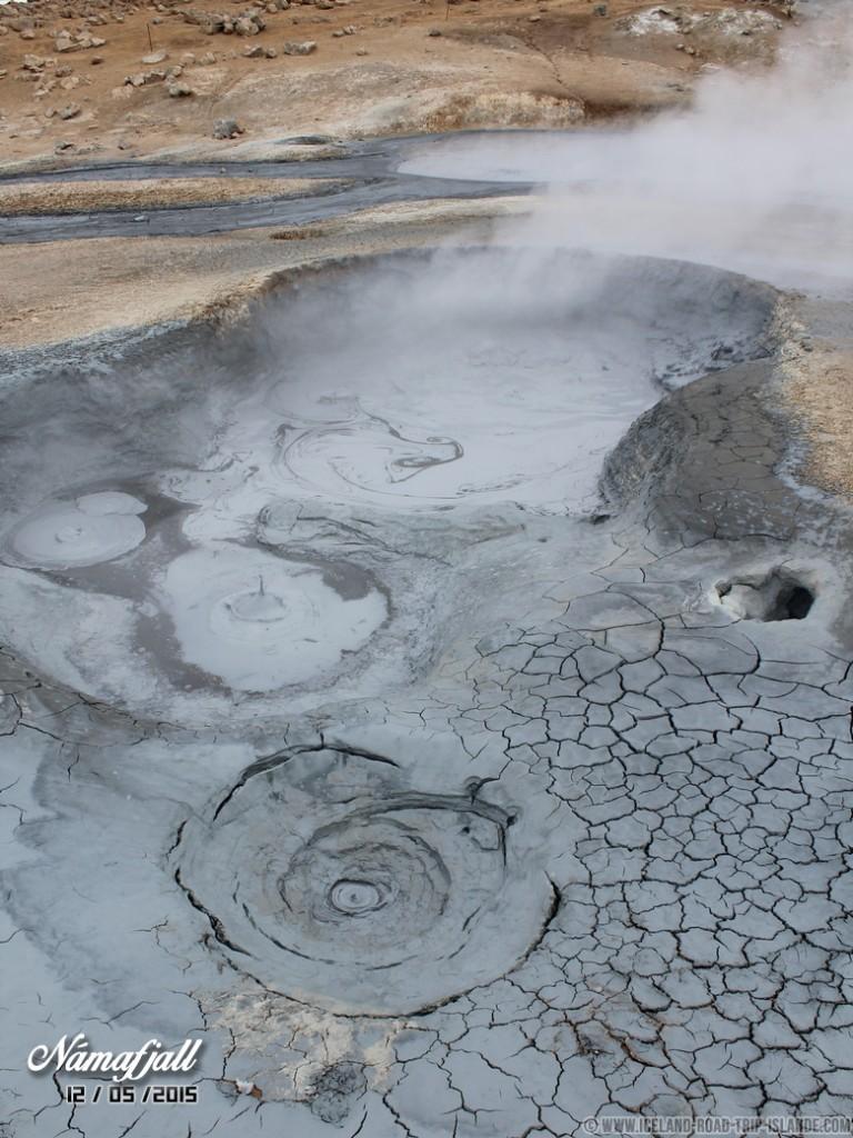 Les bains de boue bouillonnante de Námafjall